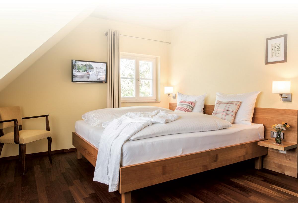 schloss schlafzimmer bettw sche weltkarte schlafzimmer gem tlich machen kleiderschr nke. Black Bedroom Furniture Sets. Home Design Ideas