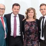 Herausgeber Timo Kazmierczak wird von Ralf Kern, Marcus Biel und Hannah Welt herzlich Willkommen geheißen