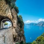 """Nicht die längste, aber mit die schönste Roadtrip Strecke: Die Küstenstraße """"Strada Statale 163 Amalfitana"""""""