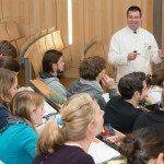Endoprothetik : Prof. Dr. med. Dieter C. Wirtz lehrt am Universitätsklinikum Bonn