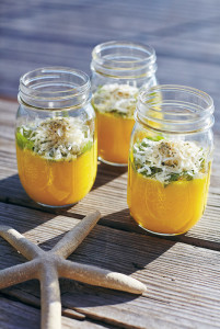 Tipp: Servieren Sie diese cremige Suppe in Gläsern, dann kommt die Farbe gut zur Geltung.