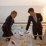 MS EUROPA 2: Eine Auszeit der ganz besonderen Art nimmt man sich beim privaten Kaviar-Dinner auf der Veranda. Die Butler, Jessica und Florian, haben perfekt eingedeckt und entschwinden gleich lautlos.