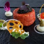 Auf der MS EUROPA: Steak Tatare – Signature Dish des französischen Restaurants Tarragon
