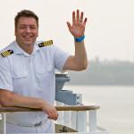 MS EUROPA 2: Hallo und auf Wiedersehen – Kapitän van Zwamen freut sich auf Gäste, die zu Wiederholern werden