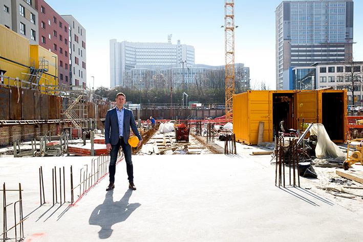 Die Fläche an der Hachestraße in Essen lag jahrelang brach. Nun baut Sven van Gelder hier Wohnungen, Büro- und Gewerbeflächen.