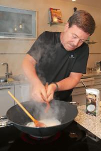 Michael Banik beim kochen