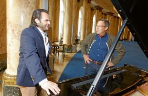 Stuttgarter Opernensembles: Atalla Ayan im Gespräch mit Matthias Gaul