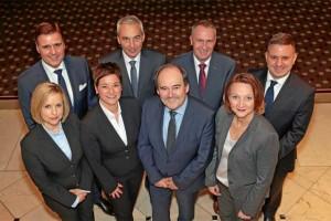 Das Julius Bär Team: Björn Seemann, Markus Beuttel, Michael Seher und Stephan Schmidt (hinten) sowie Melanie Habel, Ute Knorr, Peter Graf und Jeannette Kropp (vorne)