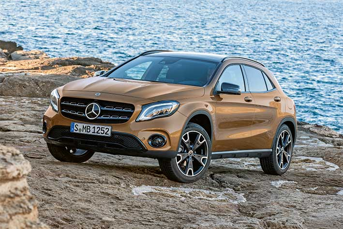 Top-Magazin-Stuttgart-Fruehjahr-2017-Neue-Autos-2017-Mercedes-GLA