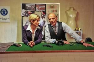 """Astrid M. Fünderich als Martina Seiffert und Karl Kranzkowski als Michael Kaiser in der """"SOKO"""" Stuttgart"""
