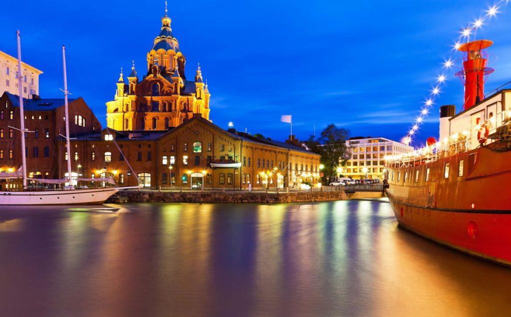 Helsinki Sommer-Sonne-Regenzeit