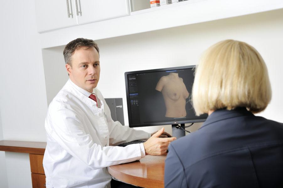 Brustvergrößerung – Was muss ich zu OP-Methoden und Kosten wissen?