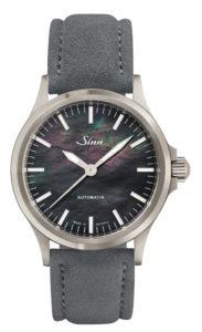 Sinn Uhr, Modell: 556 I Perlmutt S